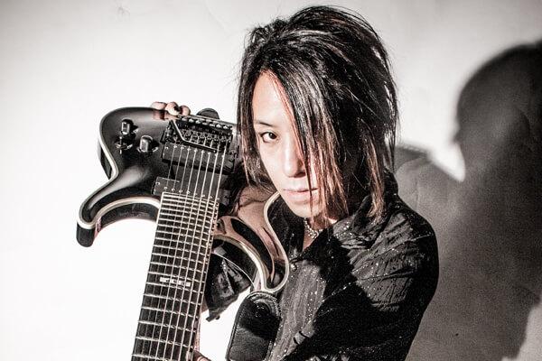 "Line 6""Helix""で奏でる極上鋼鉄サウンドの真髄 by ISAO"