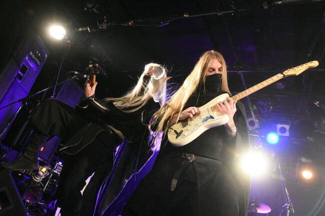 トワイライト・フォース:ギター・チーム