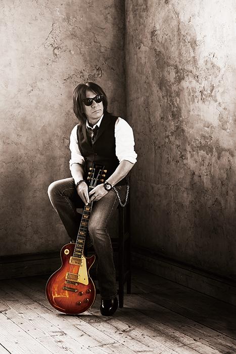 Tak Matsumoto新ソロ『Bluesman』を発表「このタイトルにするのが自分らしくていいと思った」